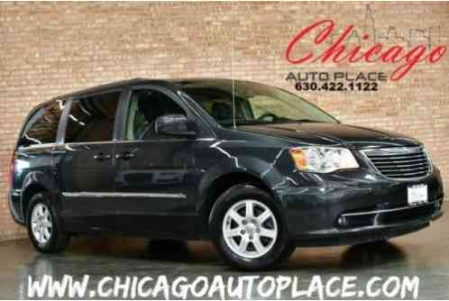 Chrysler Town & Country Touring - (2012)