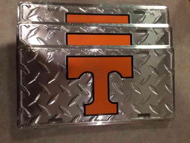 University Of Tennessee Volunteers Diamond Embossed Metal