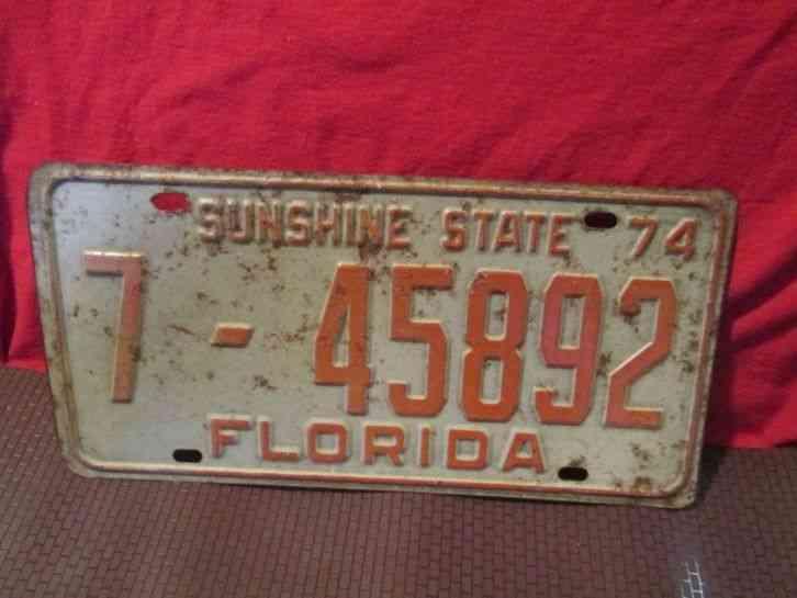 Vintage 74 Florida Vehicle License Plate Car SUNSHINE STATE Tag 7 45892 1974