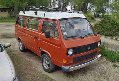 Volkswagen Bus/Vanagon (1983)